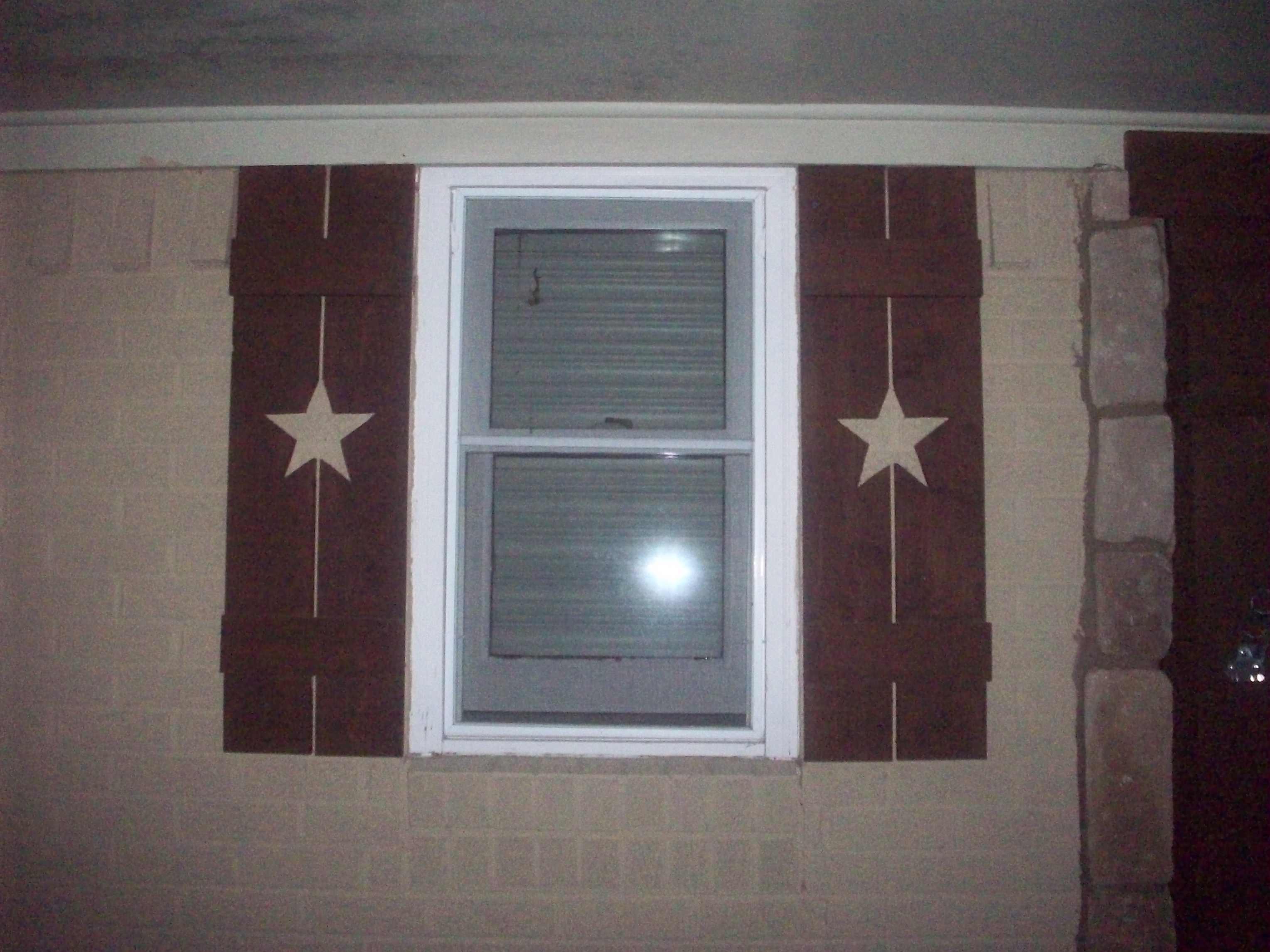 Shutters With Metal Star Vs Cutouts Our Barndominium