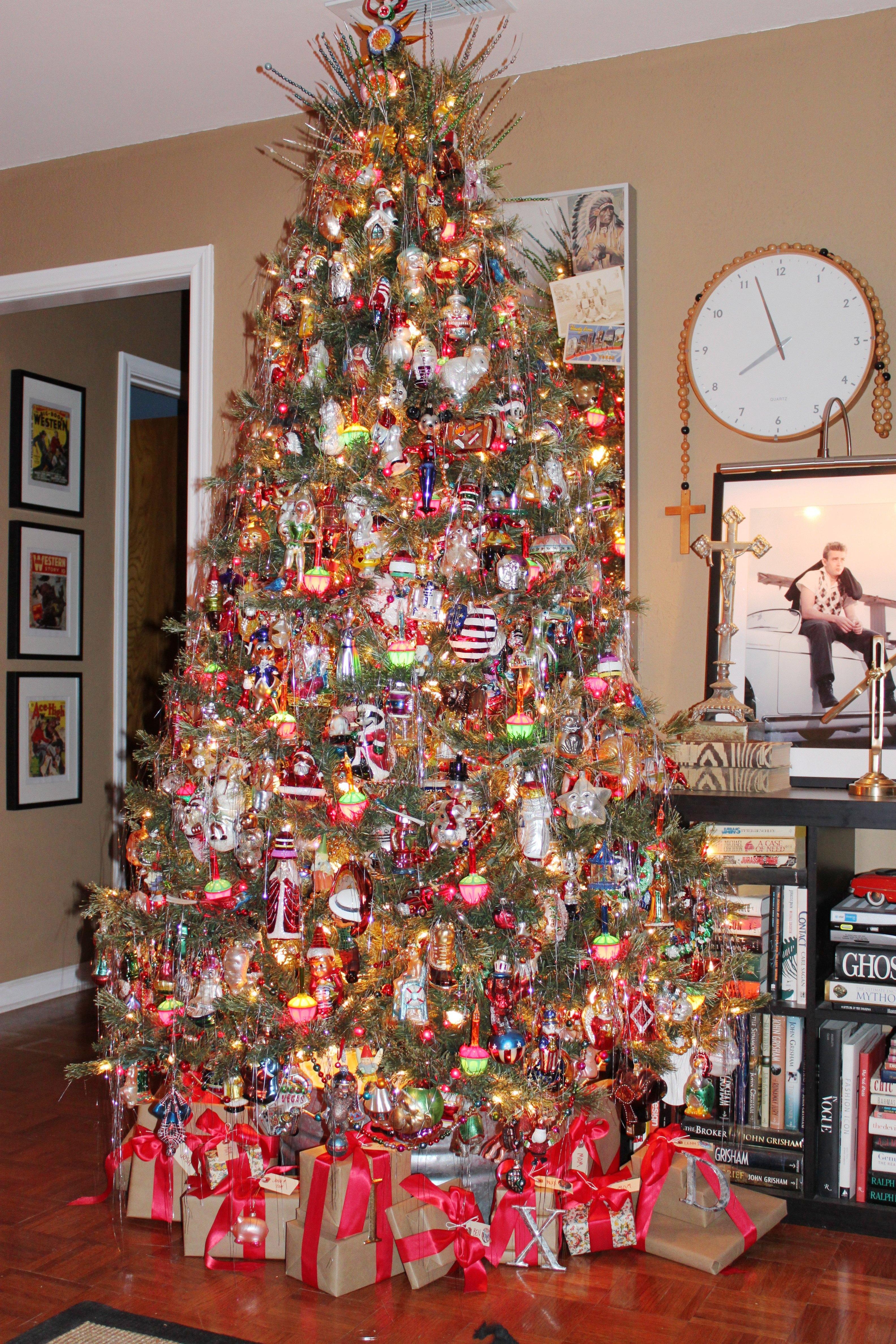 Christmas Tree | THE CAVENDER DIARY