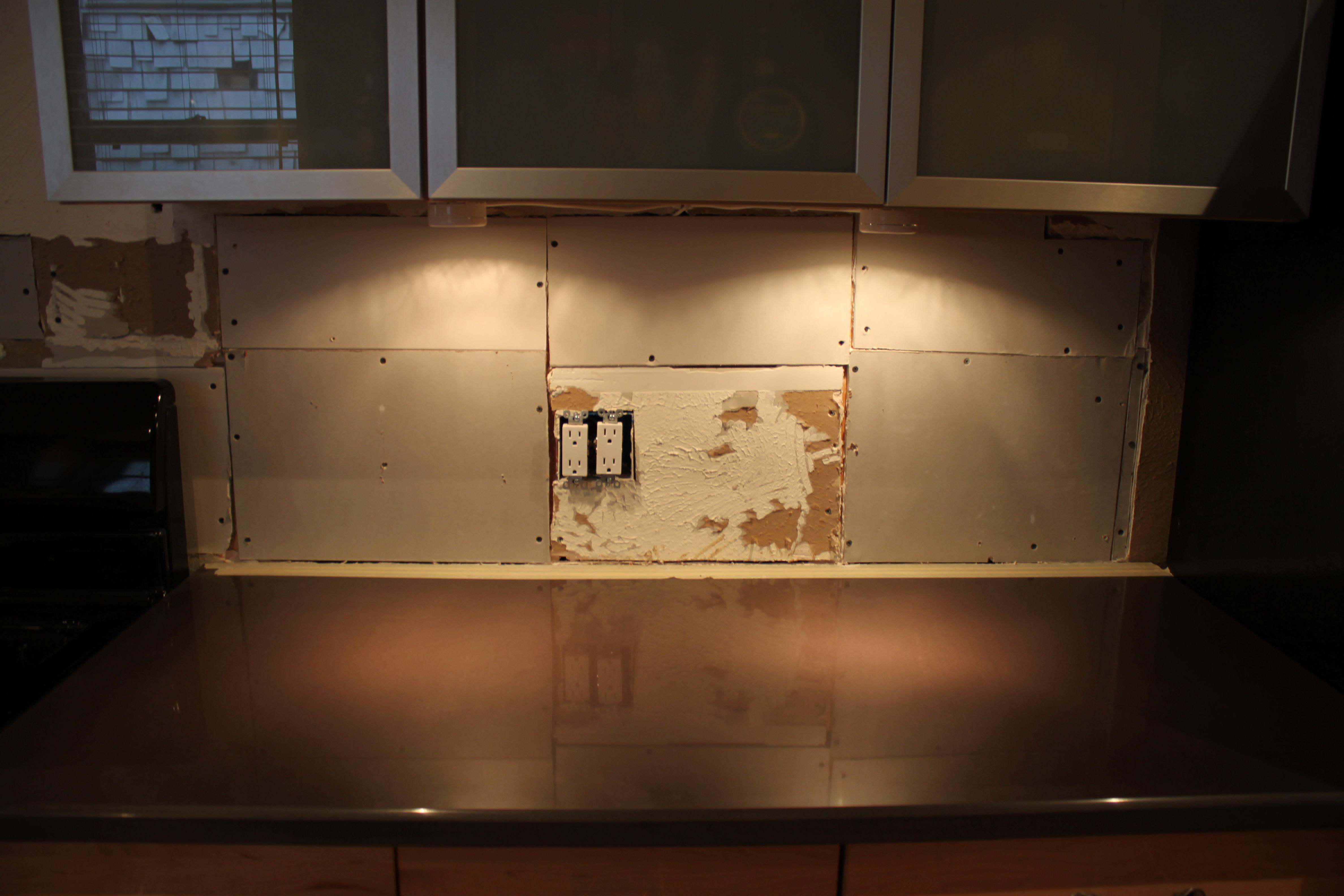 March 2012 the cavender diary for Replacing backsplash