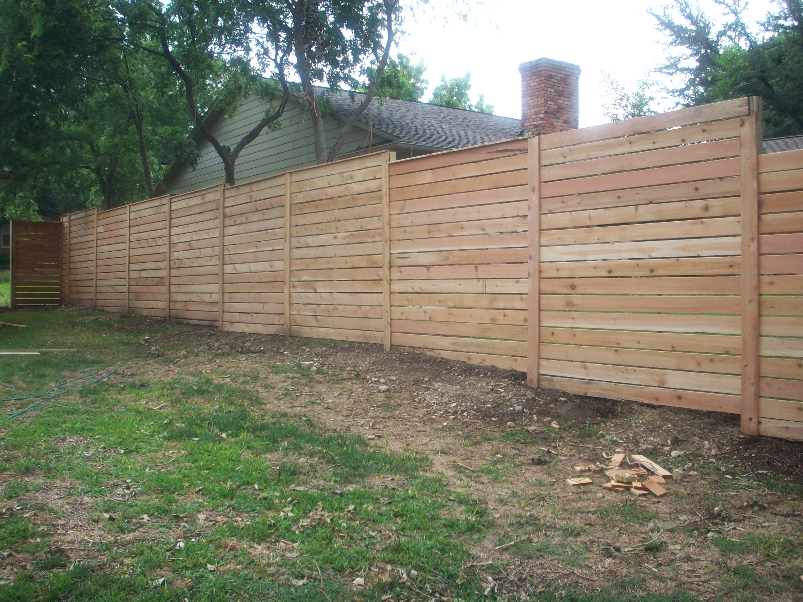 Modern horizontal fence the cavender diary Building a fence