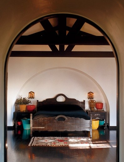Diane Keaton Bedroom with Bright Pots