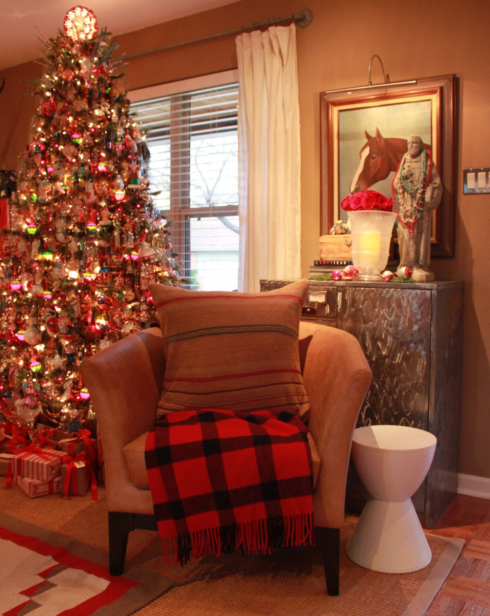 Living Room with Tree Chair and Hurricane