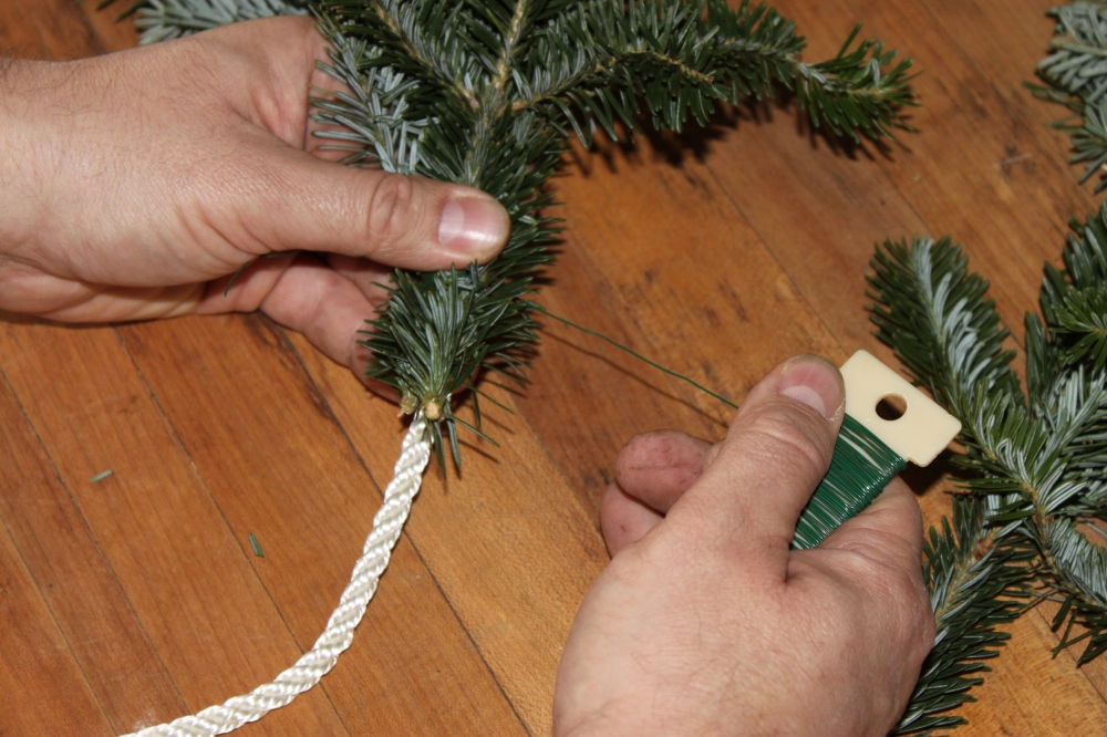 Wiring the Branch Pieces to the rope