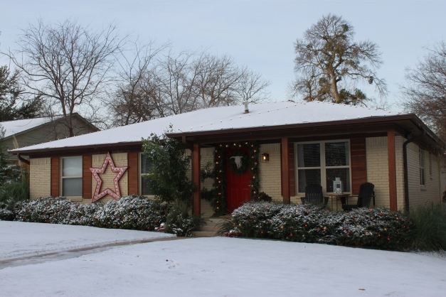 Cavender House in the Morning Snow