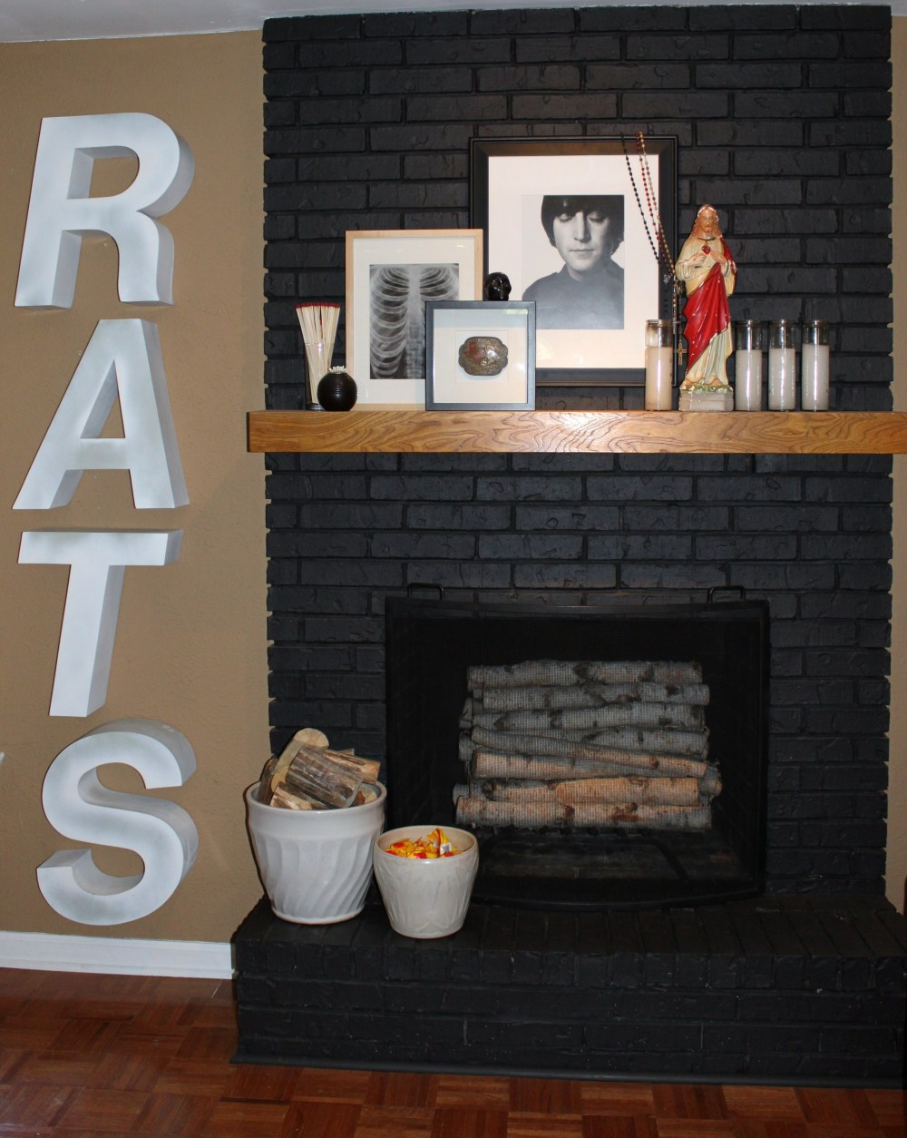 Rats Next to the Mantle