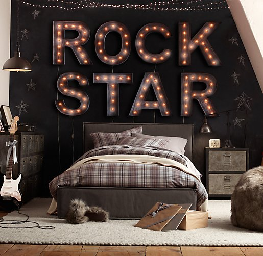 ROCK STAR over Bed