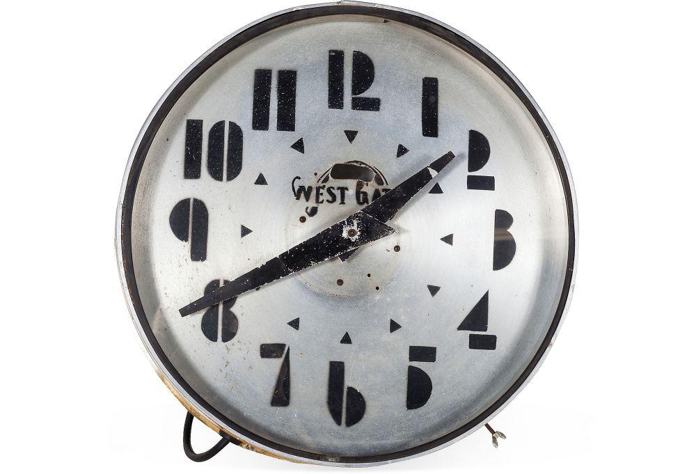 Vintage Deco Clock