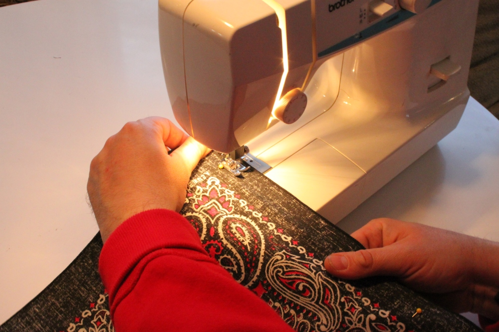 Sewing the edges of my Bandana Pillows