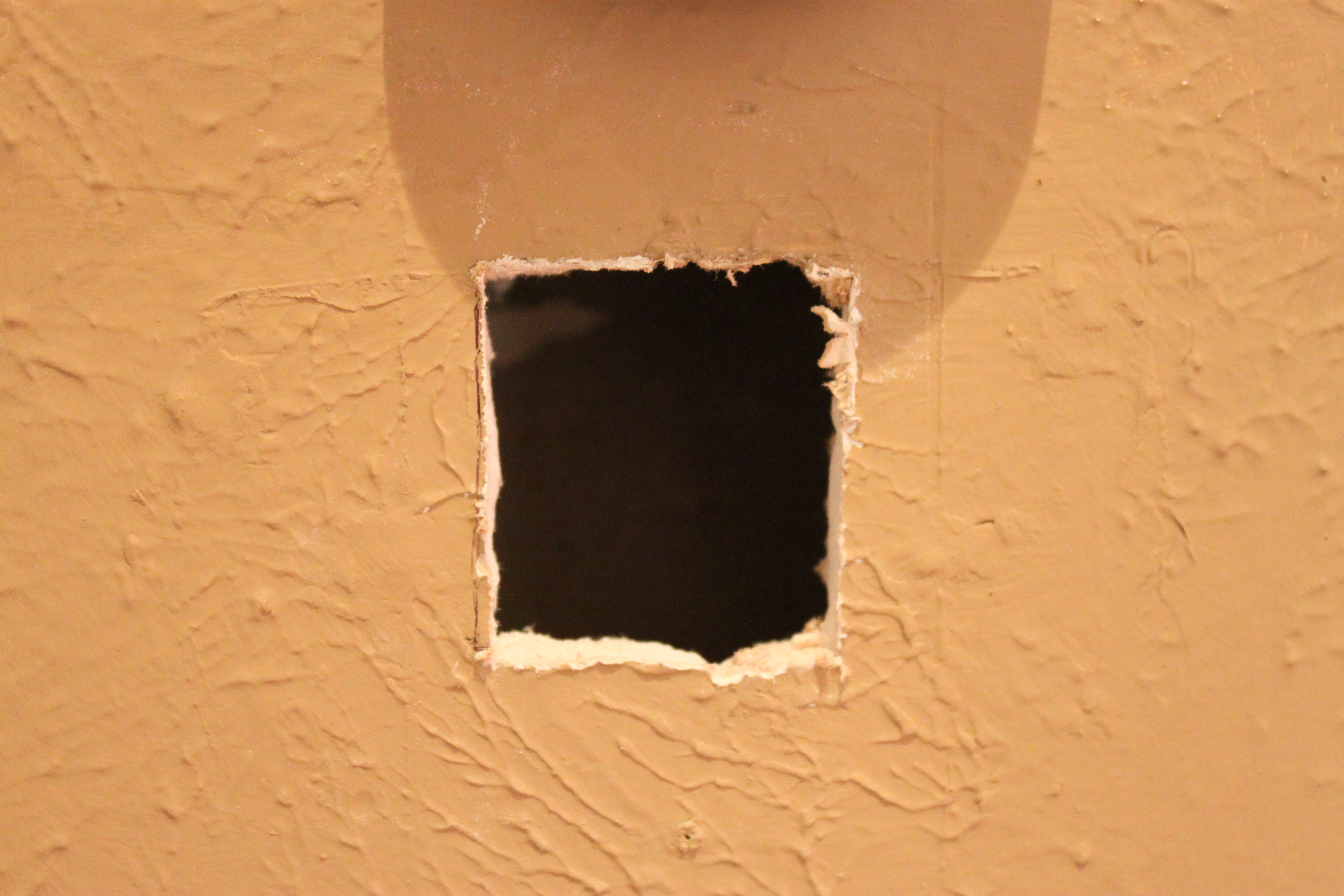 Cutting A Hole In Wall : Patch that hole like a pro the cavender diary