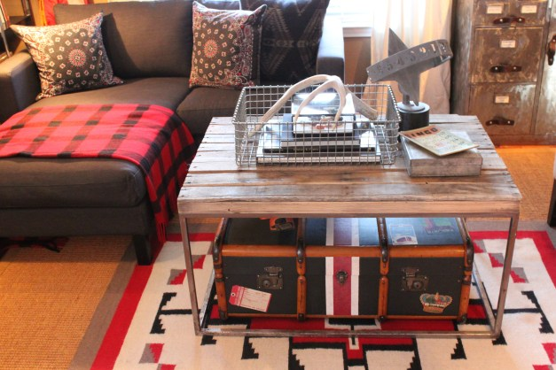 Living Room Coffee Table with Black Painted trunk