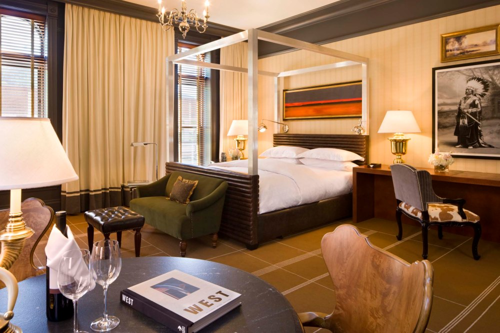 Hotel Jerome Guest Suite