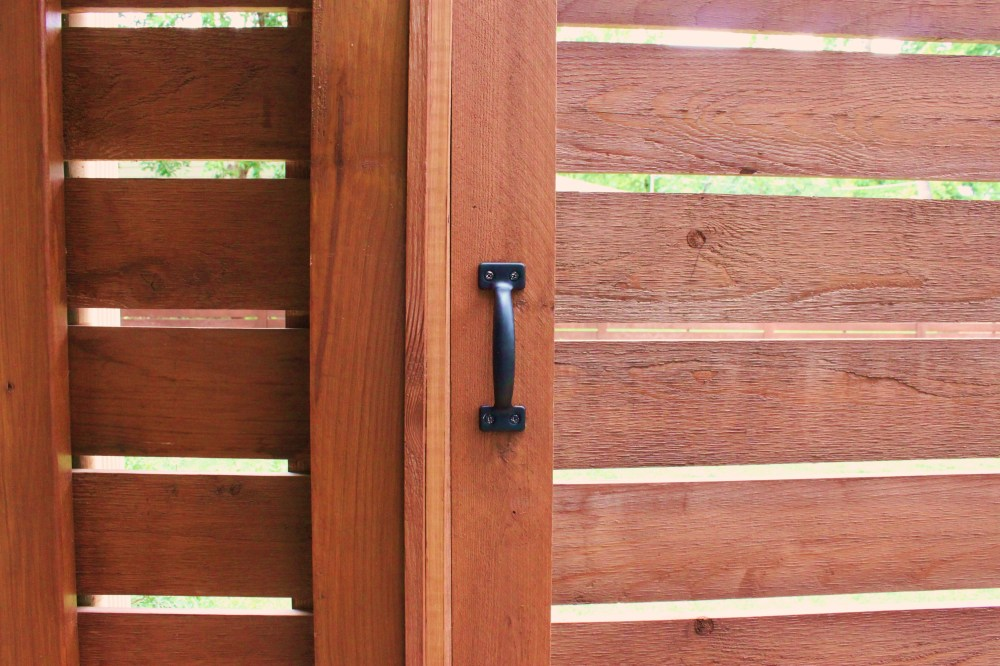 New Horizontal Modern Gate Handle
