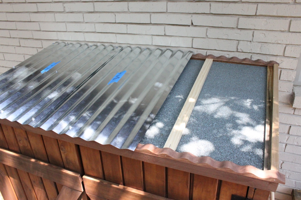 Attaching the Galvanized Roof to my Shed