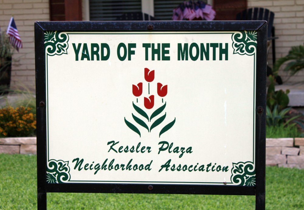 Kessler Plaza Neighborhood Association Yard of the Month Sign