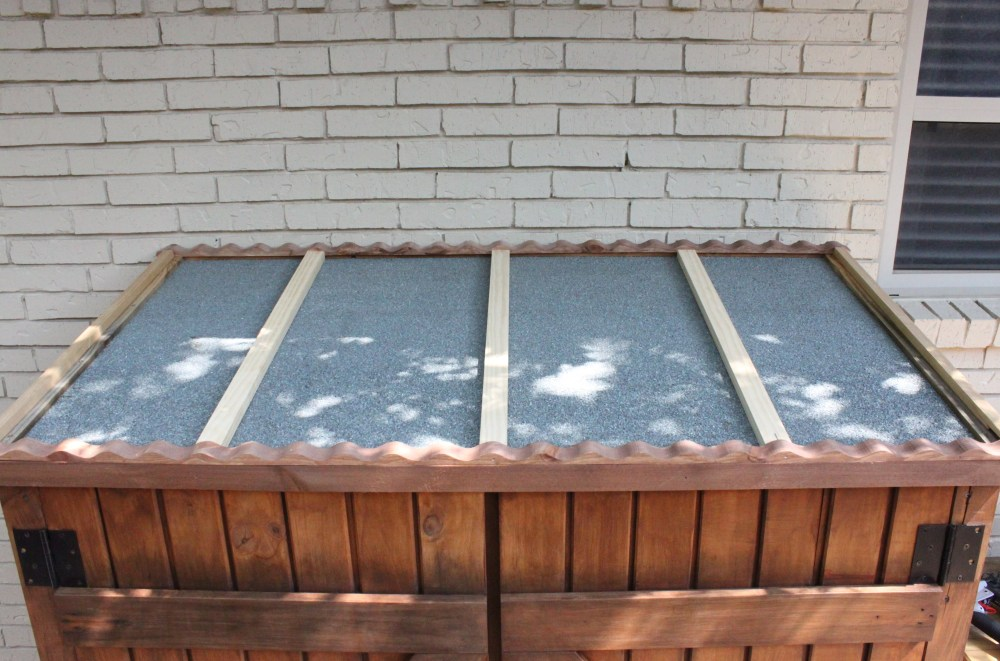 Tool Shed Roof with Cross Pieces