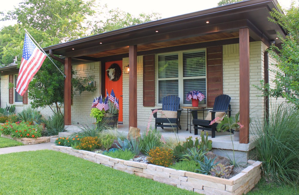 Yard of the Month for July 2013