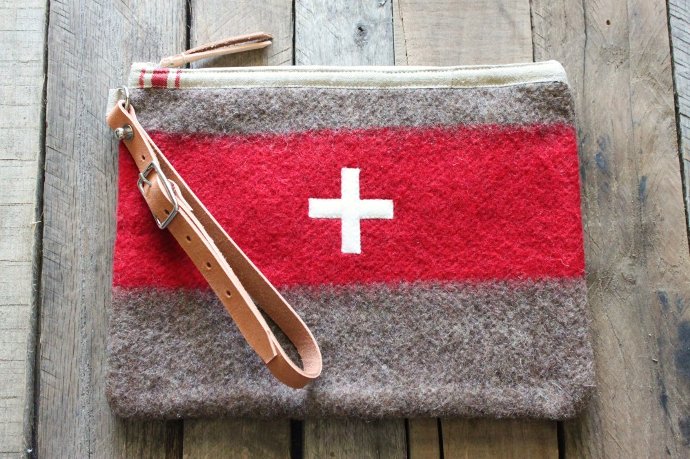 Upcycled Blanket into a Toiletry Bag  from Ecolution