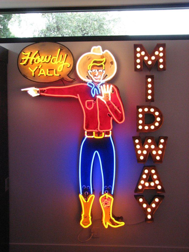 Howdy Y'all Neon Sign by Roadhouse Relics