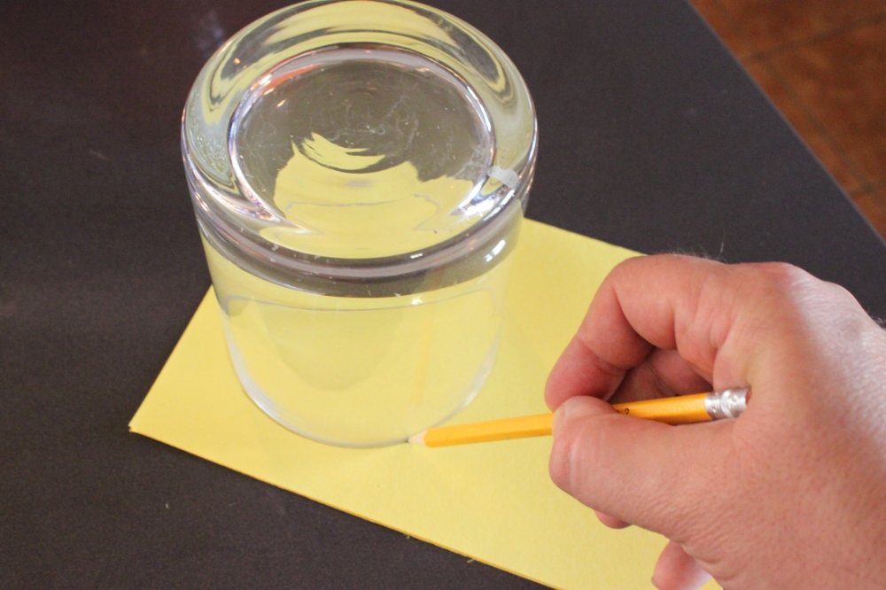Trace a Vase To Make a Perfect Circle
