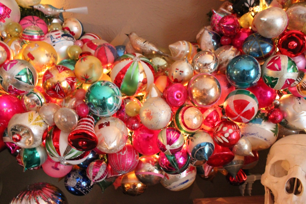 Close up of the Big Ornament Wreath