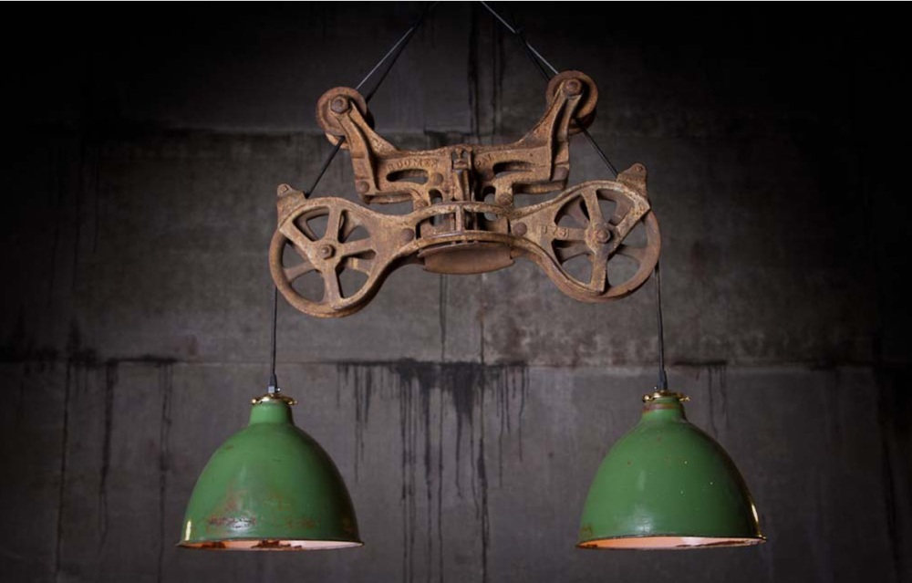 Bubba Hay Carrier Hanging Lamp