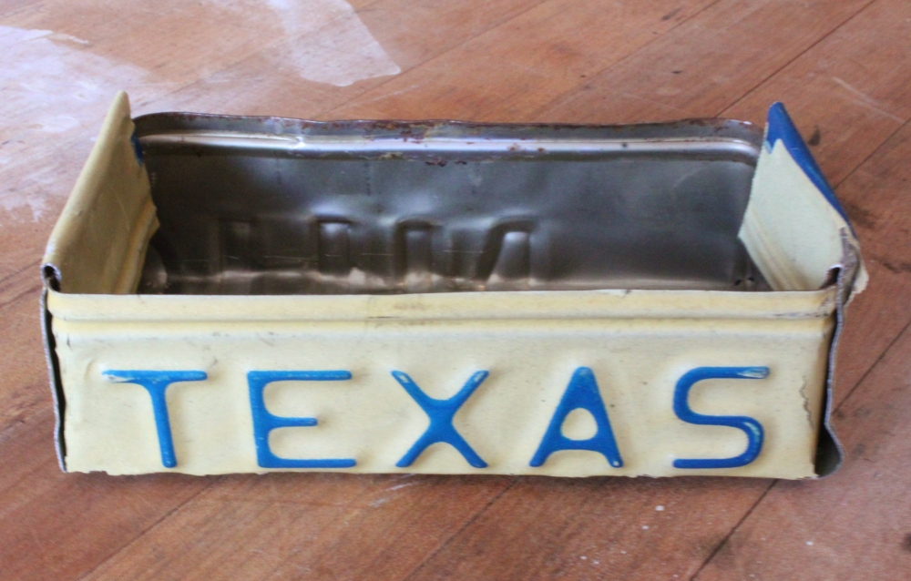 Finished Box Made From an Old License Plate