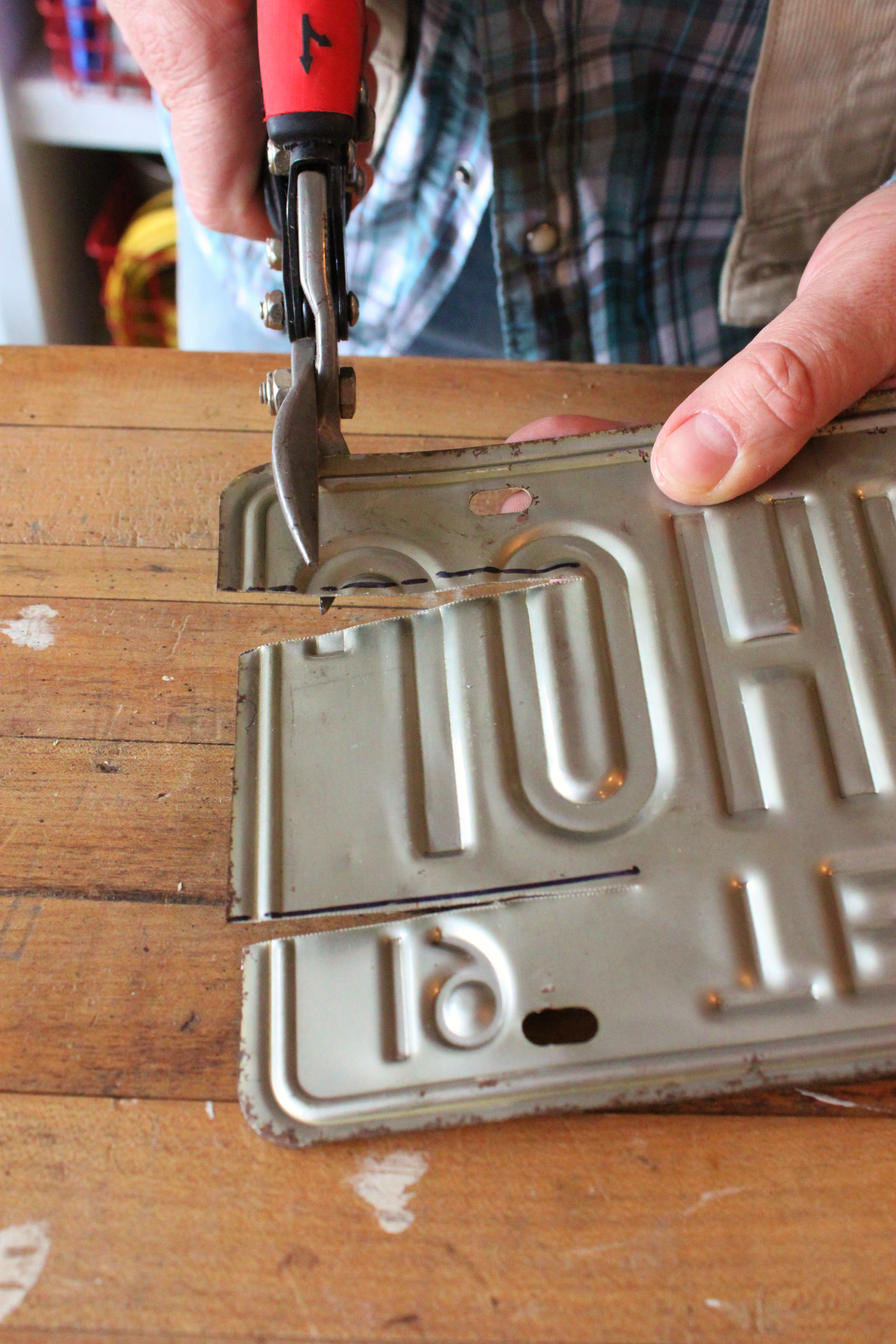 A Texas License Plate Becomes A Box The Cavender Diary