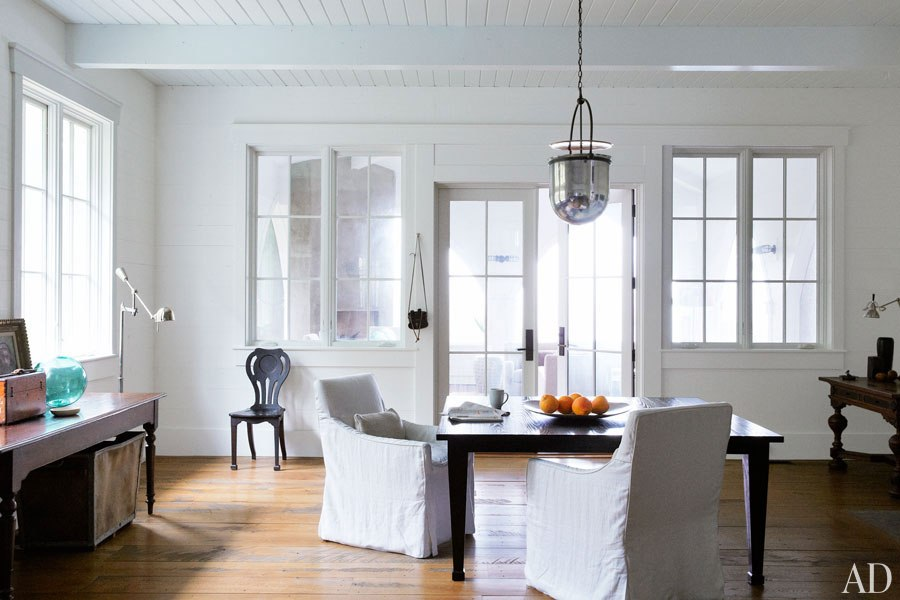 John Mellencamp's South Carolina House Breakfast Room