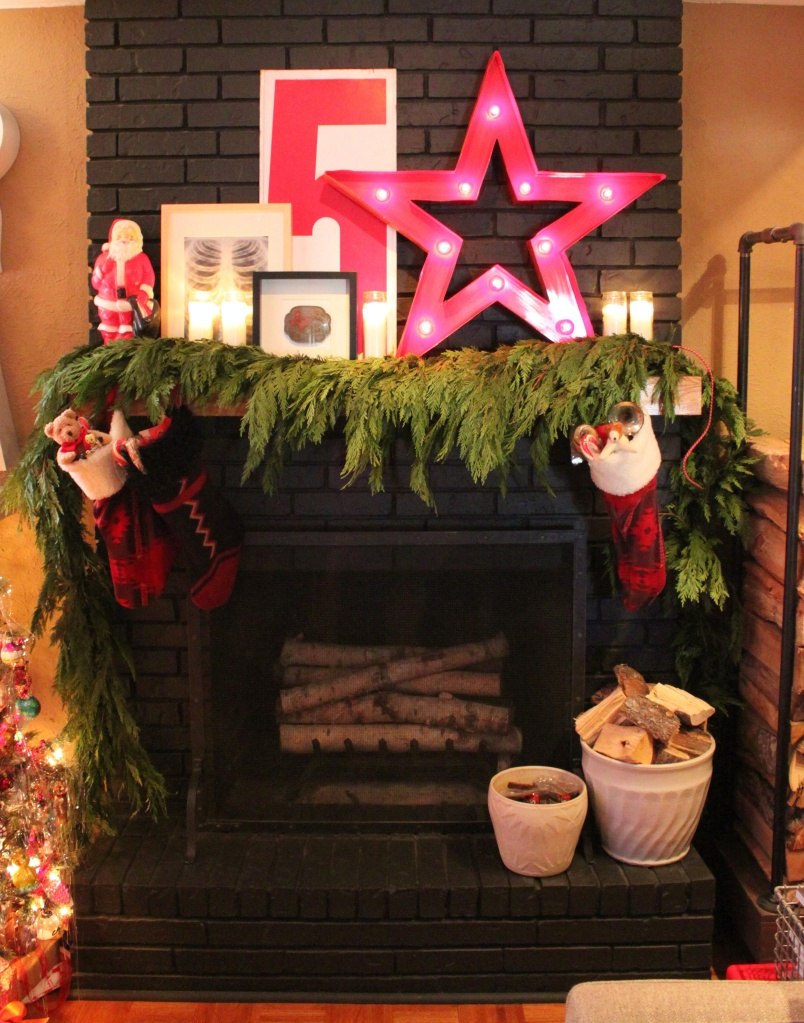 Full Shot of the CAvender Diary Fireplace for Christmas 2015