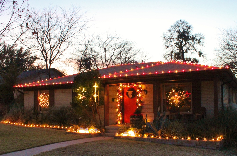 Outside Lights on the Cavender Diary House 2015