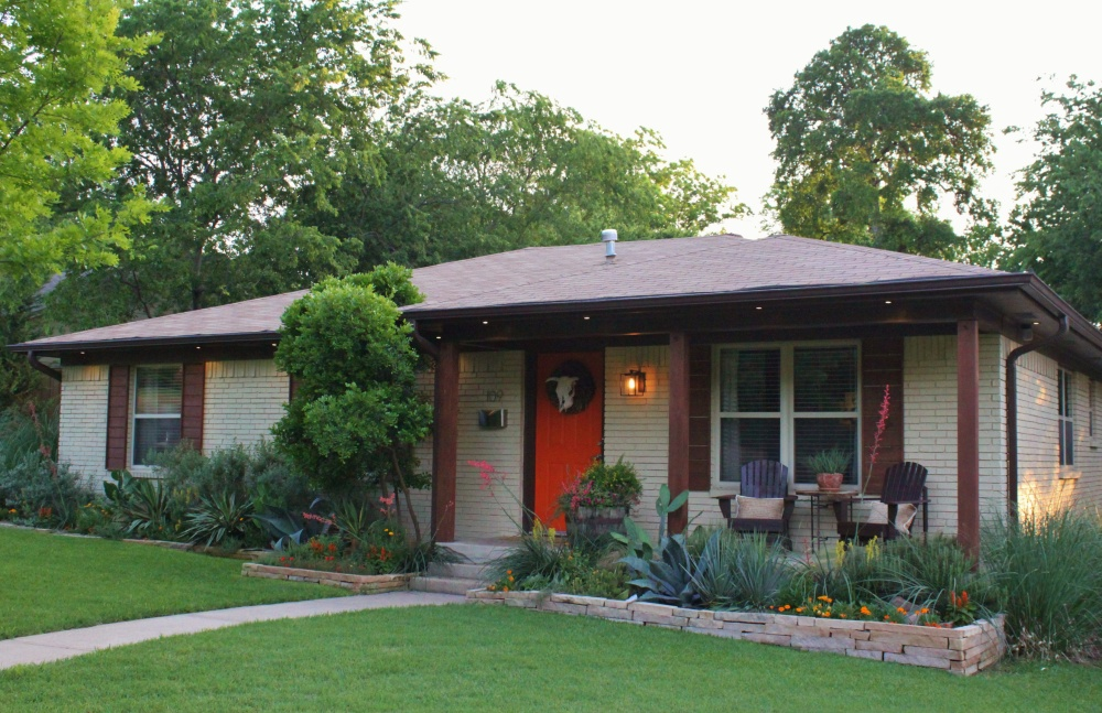 The Cavender Diary House Front Yard May of 2015