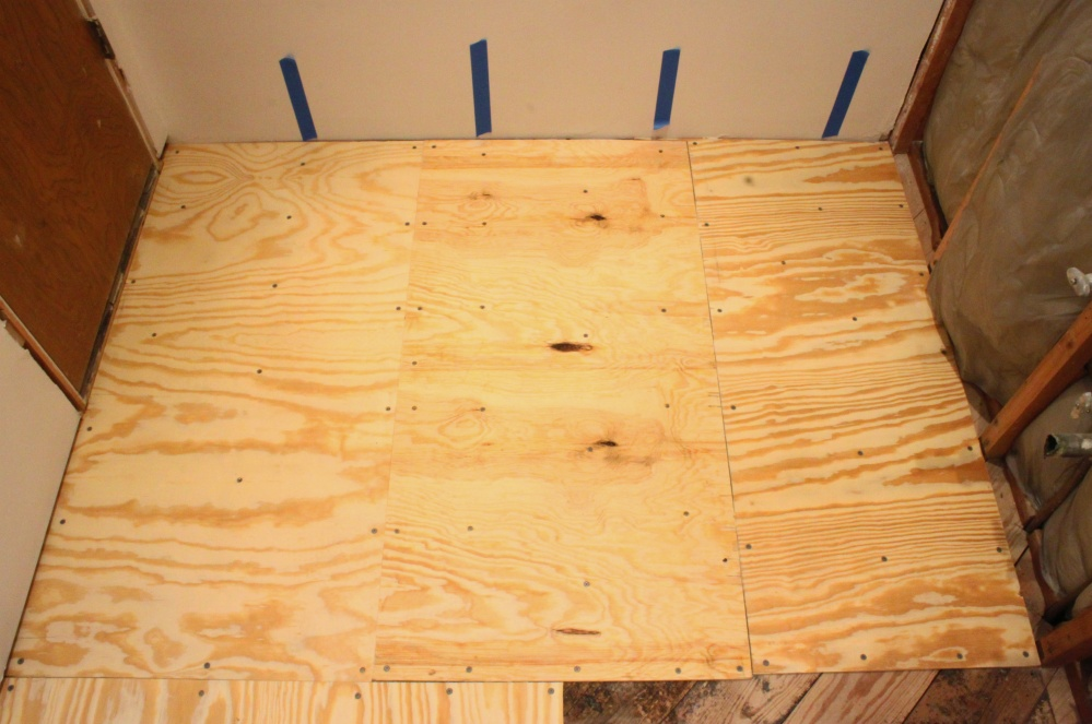 Master Bathroom Quarter Inch Plywood Sub-Floor