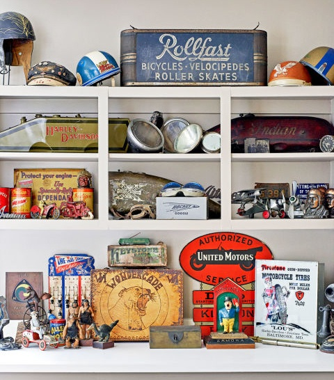 More Precious Collectables in Mike Wolfe's Home