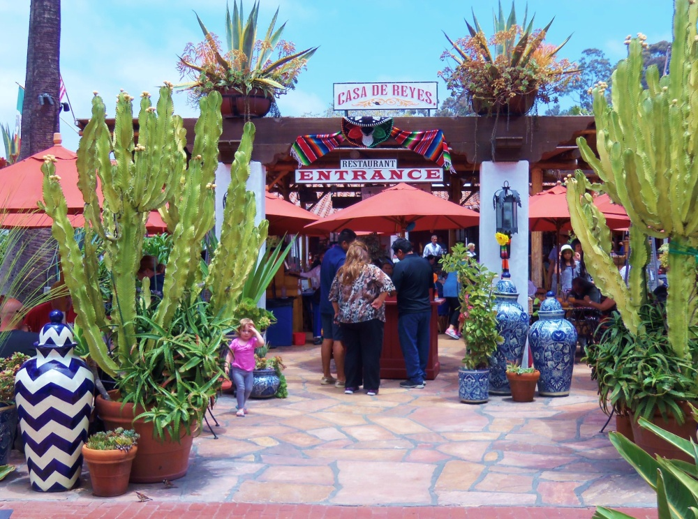 The Entrance To Casa de Rayes Mexican Restaurant