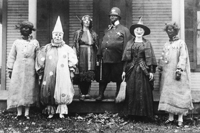 creepy_vintage_halloween_costumes_13