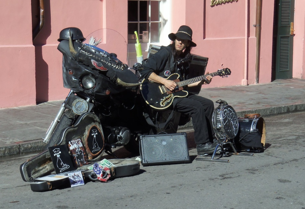 a-random-blues-musician-in-the-french-quarter