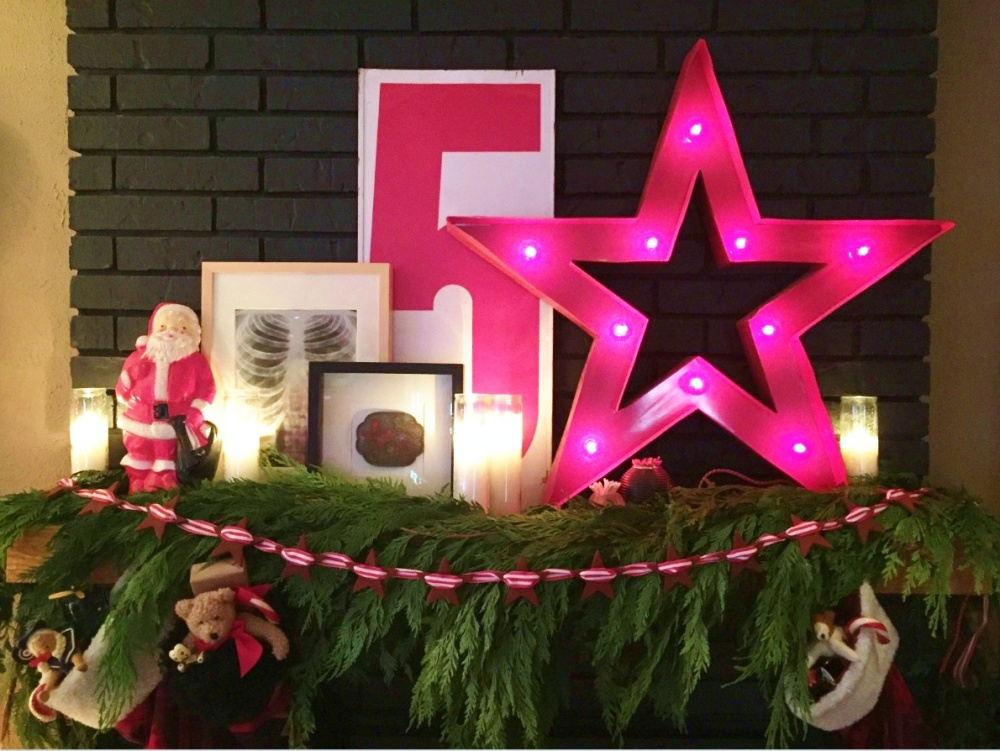 cavender-diary-christmas-mantle-with-cinnamon-star-garland