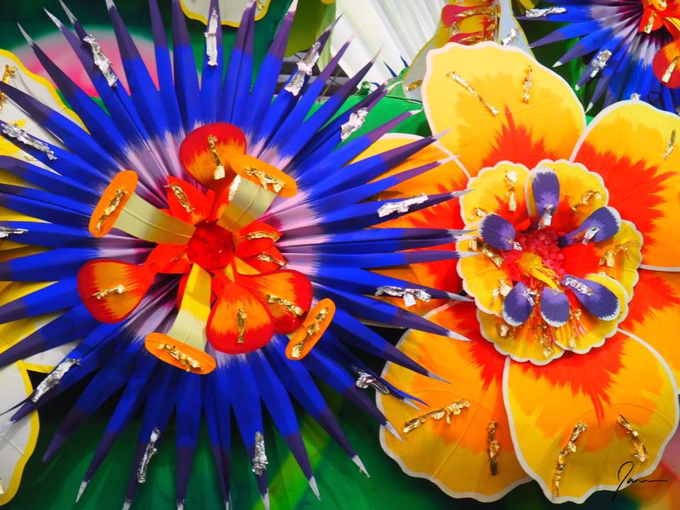 flowers-at-the-marti-gras-museum