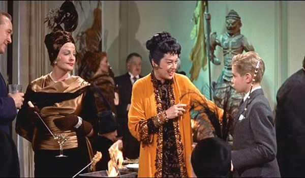 auntiemame-preview-600x350